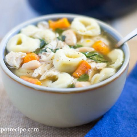 Crock Pot Slow Cooker Tortellini Soup recipe via easycrockpotrecipe.com